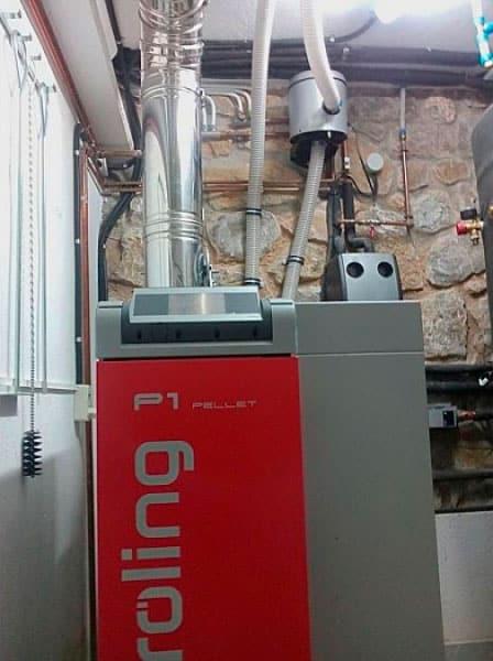 Caldera de Biomasa con apoyo solar